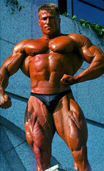 Гюнтер Шлиркамп (Guenter Schlierkamp). Фото с сайта musclememory.com