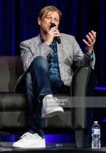 Sean Bean attends the 2018 Wizard World Comic Con (11)