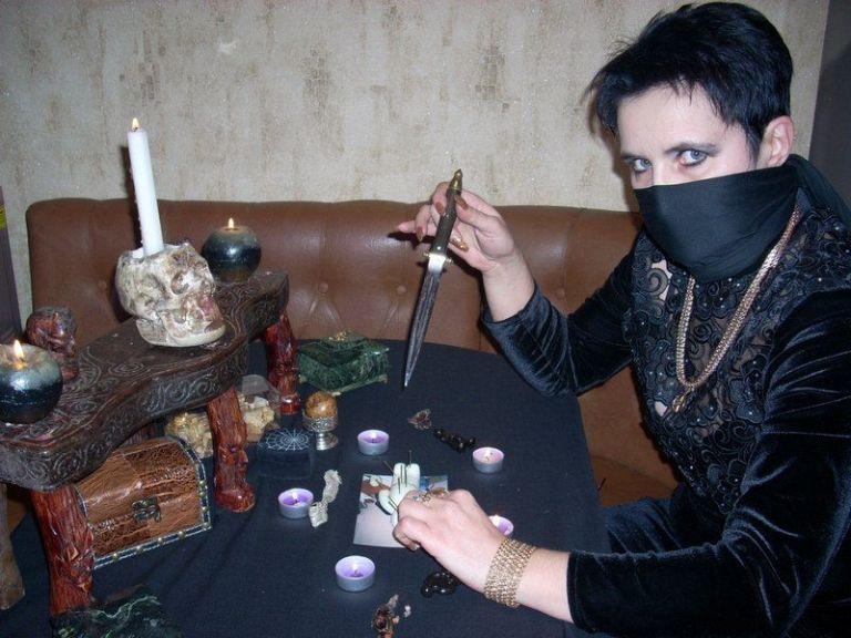Интервью с ведьмой. Часть 2.
