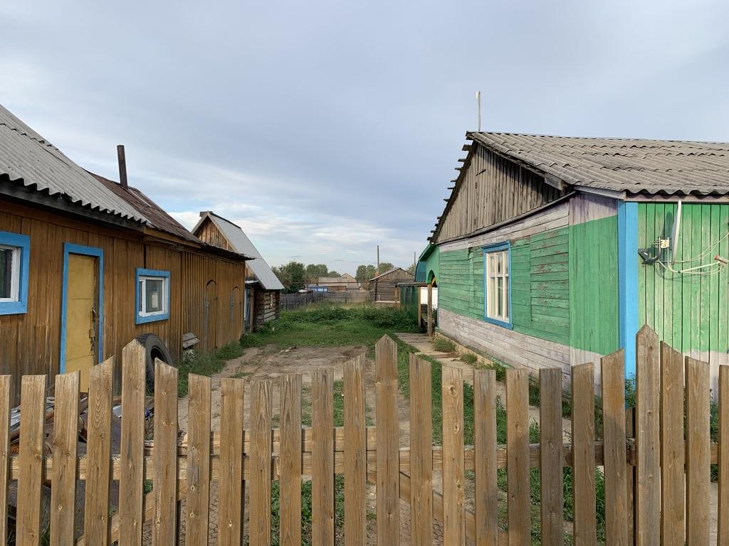 Заправка в Усть-Чёрной.