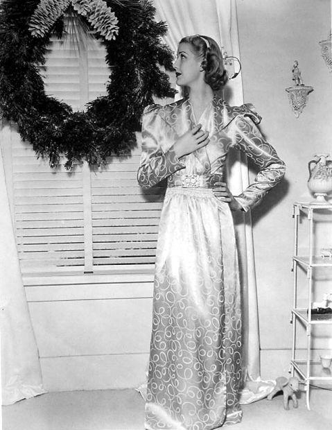 Anita Louise - Christmas 1937
