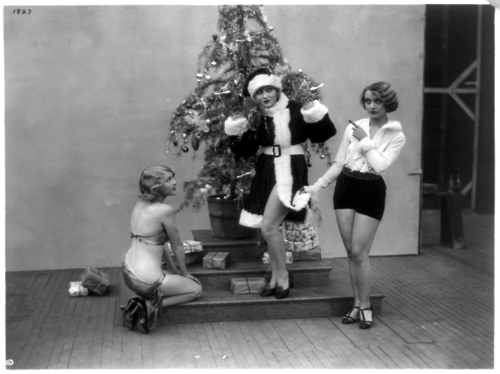 Carole Lombard and friends celebrate Christmas - c. late 1920s1