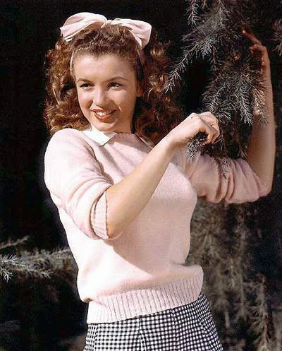 Norma Jean Baker - Winter 1940's