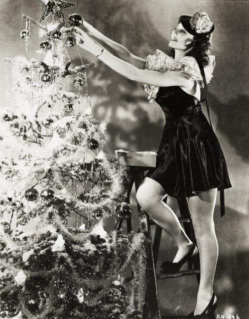 Rita Hayworth - Christmas 1940's