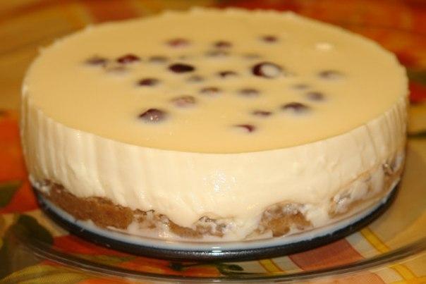 Заливной пирог со сгущенкой
