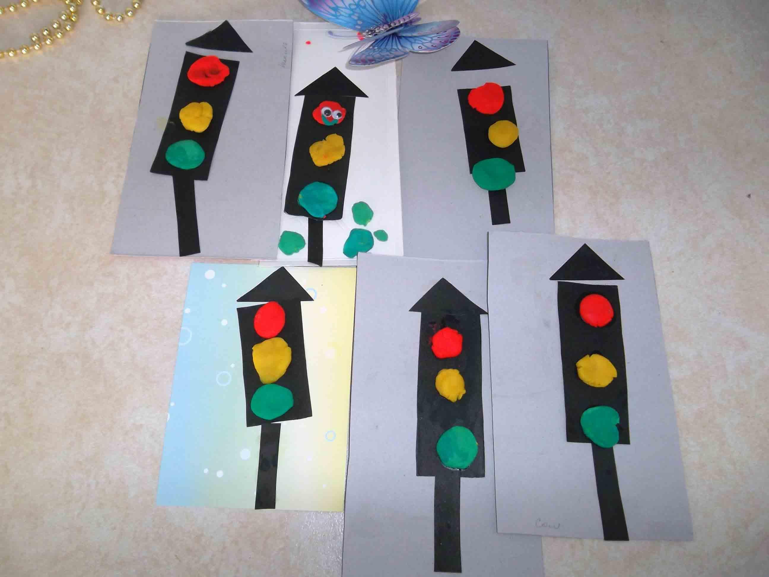 Поделка для детей светофор