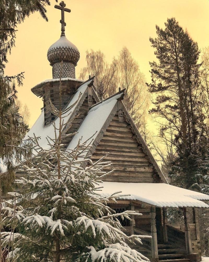 Север зима храм.jpg