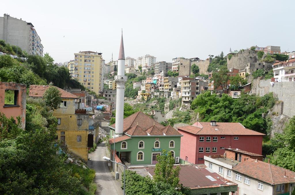 По Турции