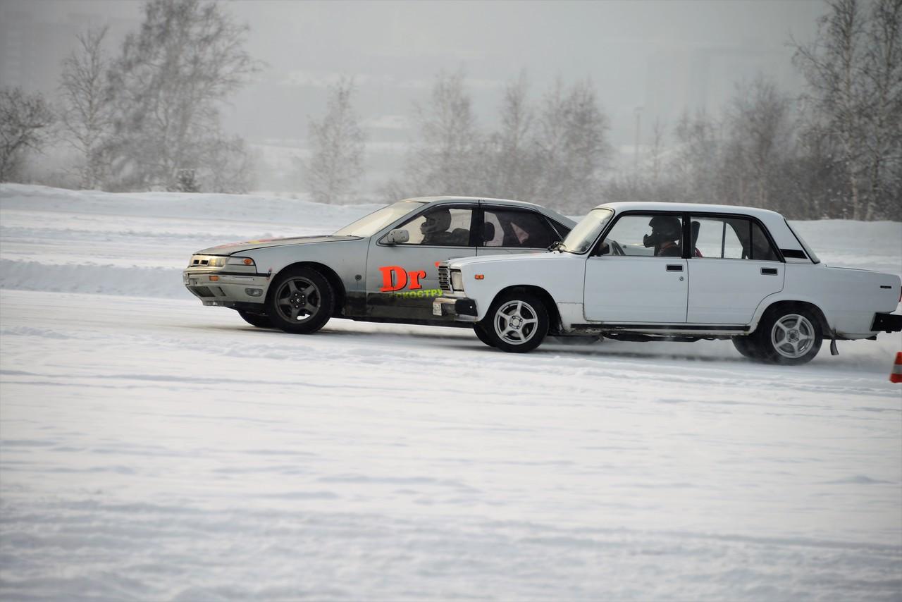 Автогонки на Конном