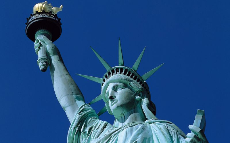 Статуя-свободы