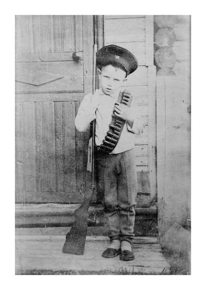 Олег Кувшинников в детстве