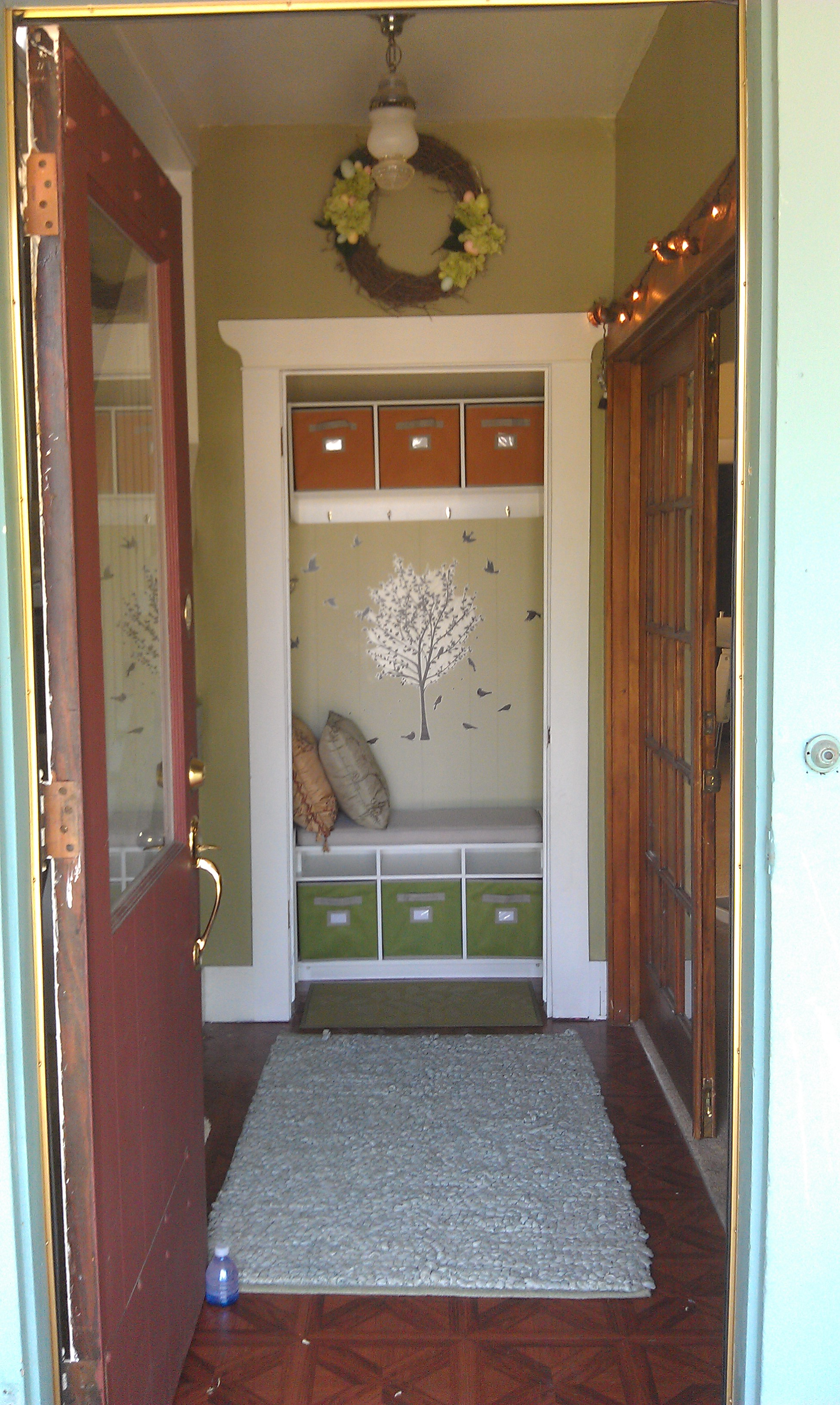 Turn Foyer Into Office : My mud room something good