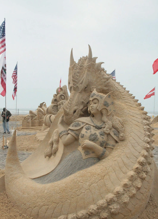 Чемпионат мира по скульптуре из песка в Атлантик-Сити первое место в одиночном разряде - Карен Фралич