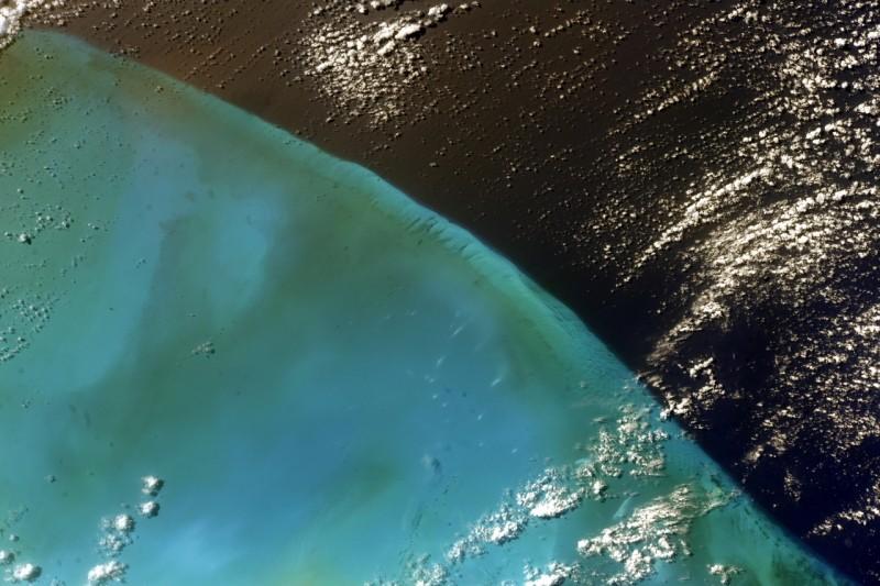 Багамы фото: космонавтов Антона Шкаплерова и Анатолия Иванишина