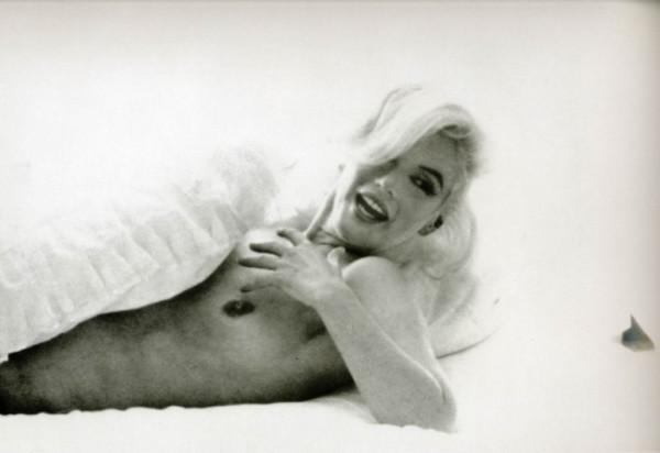 Nude_Marilyn_Monroe-03