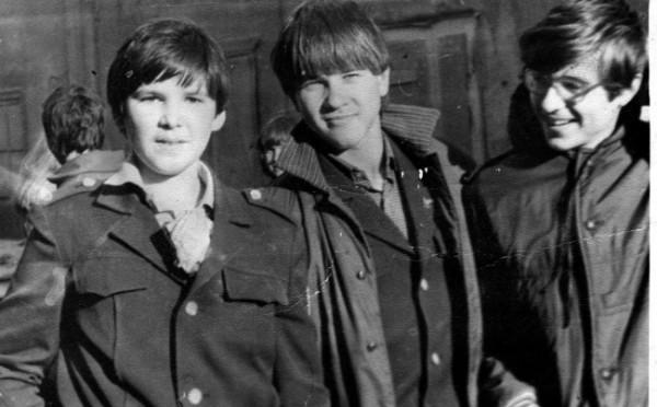 Soviet_school_uniform-92