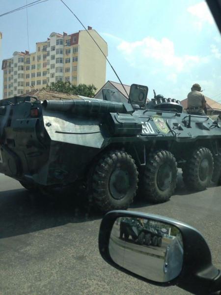 Crimean_roadblock-7