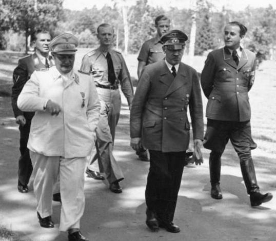 Hermann_Göring_Height-03