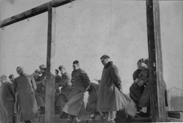 Public_execution_Kiev-04