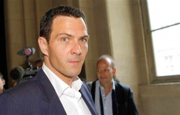 Pourquoi-reclame-t-on-autant-d-argent-a-Jerome-Kerviel_article_popin