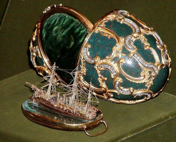07_1_Faberge's_egg_1