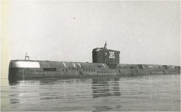 Soviet_submarine_K_56-1