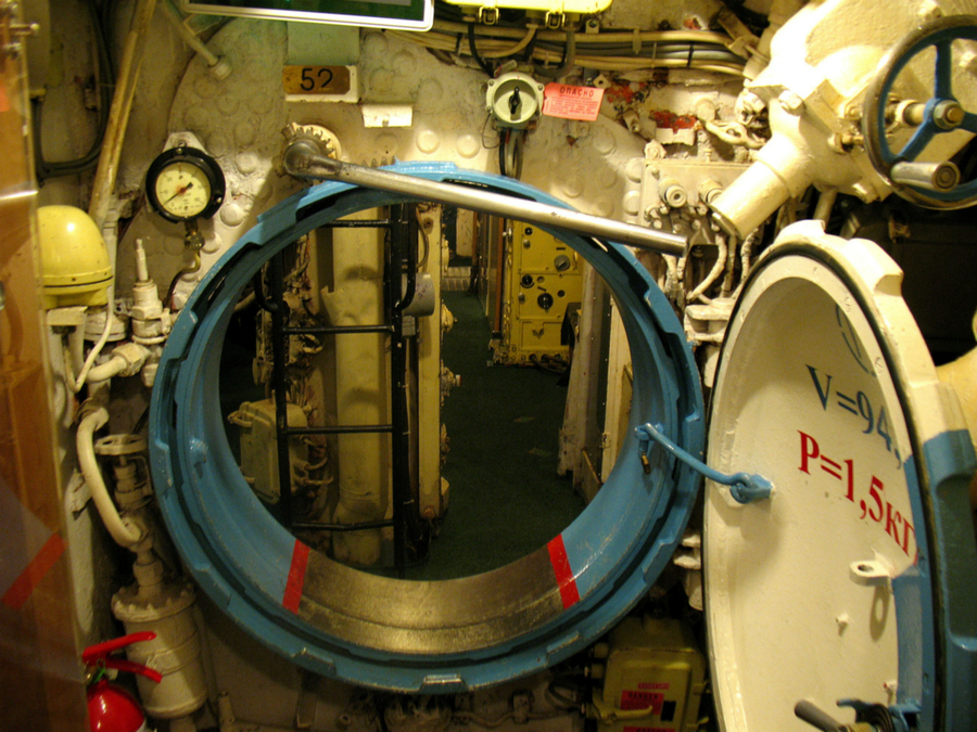 Soviet_submarine_K_56-4