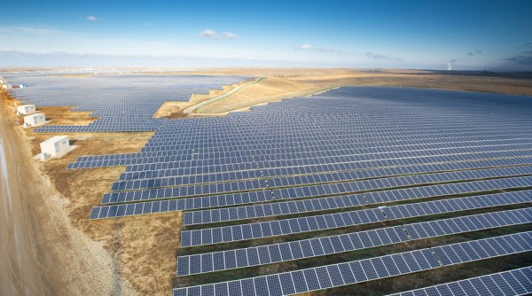 Solar_plant_Crimea-1