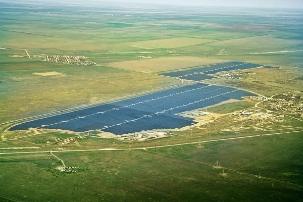 Solar_plant_Crimea-2
