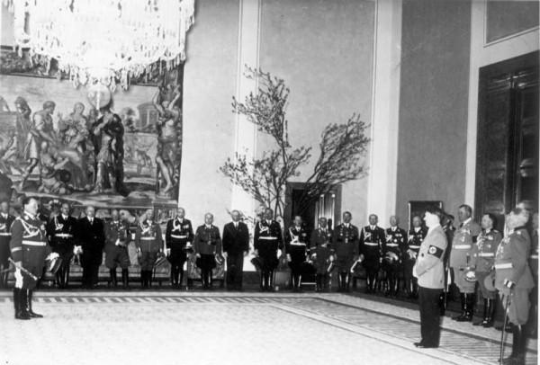 Adolf_Hitler's_50th_birthday-11