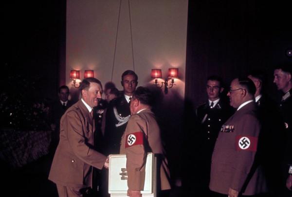 Adolf_Hitler's_50th_birthday-21