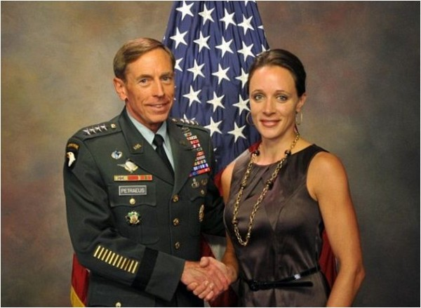 David_Petraeus-adultery-Paula_Broadwell-02