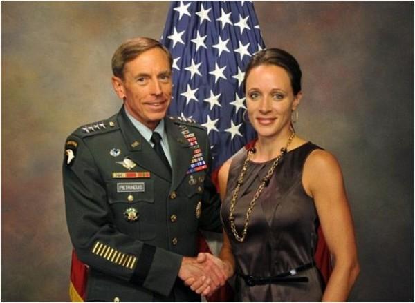 David_Petraeus-adultery-Paula_Broadwell-02