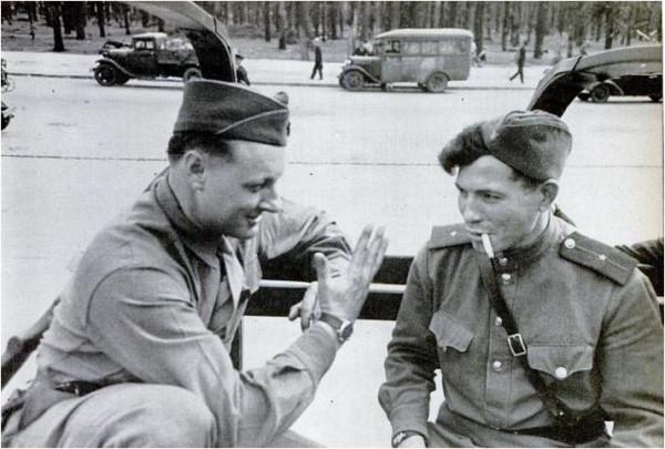War_trophy_WWII-51