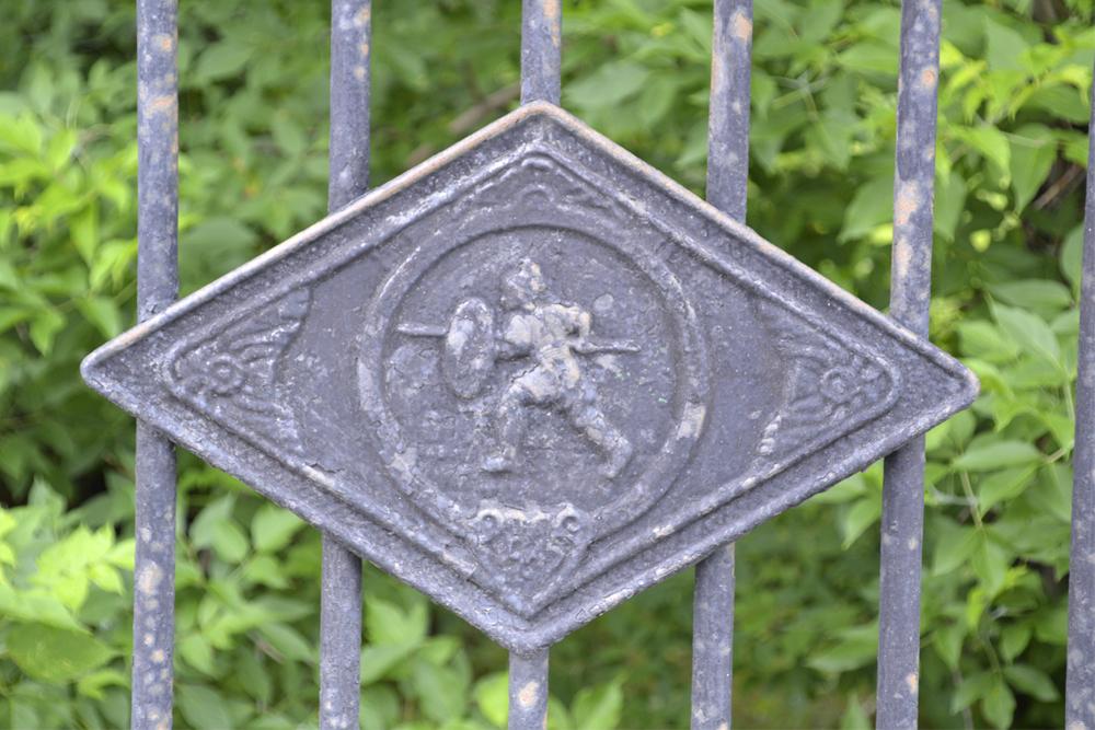 L025.jpg