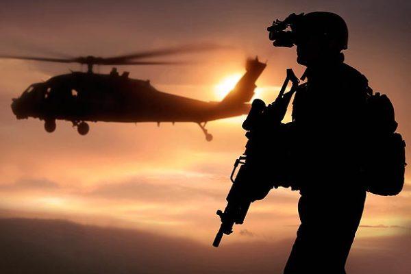 1374822954_navy-seals-vs-delta-force