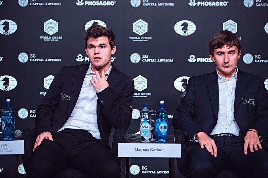 Магнус Карлсен защитил титул чемпион мира по шахматам, выиграв на тай-брейке у Сергея Карякина