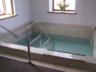 купальня в часовне