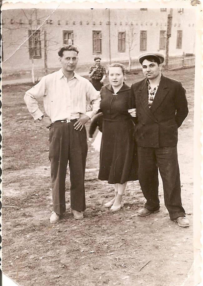 1956-58 Четвертые Раменки, место, где сейчас строят станцию метро, ближе к пожарке. Из домашнего архива Александра Одинцова2