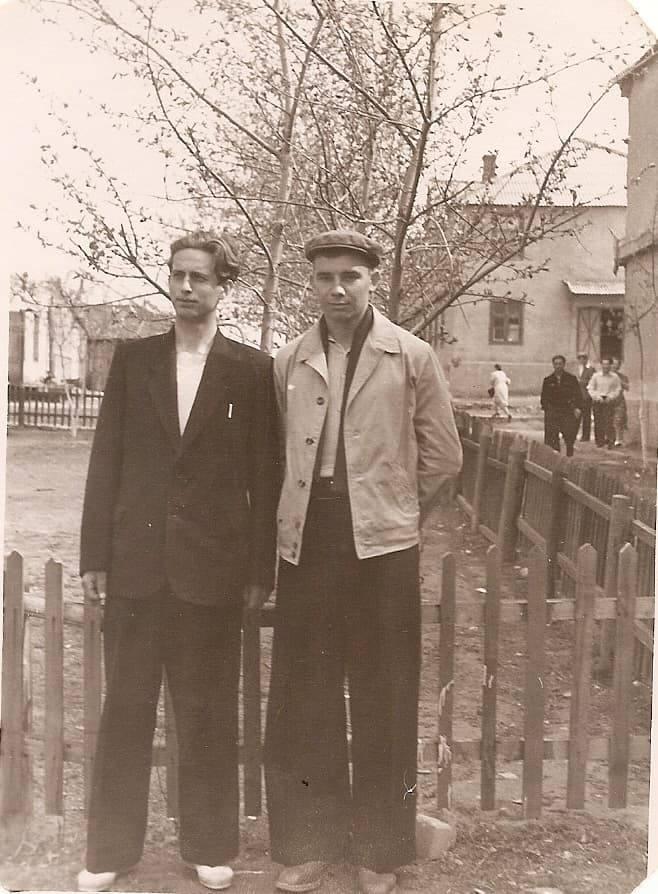 1956-58 Четвертые Раменки, место, где сейчас строят станцию метро, ближе к пожарке. Из домашнего архива Александра Одинцова4