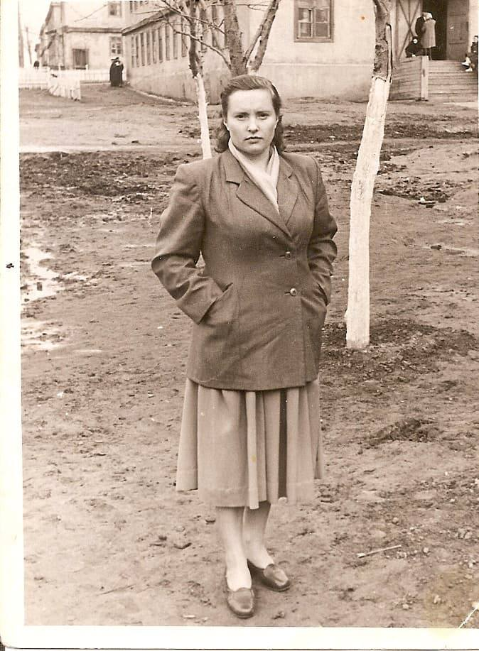 1956-58 Четвертые Раменки, место, где сейчас строят станцию метро, ближе к пожарке. Из домашнего архива Александра Одинцова5