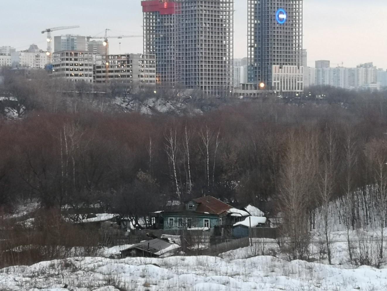 2019 Последний дом деревни Матвеевское. Александр Александров