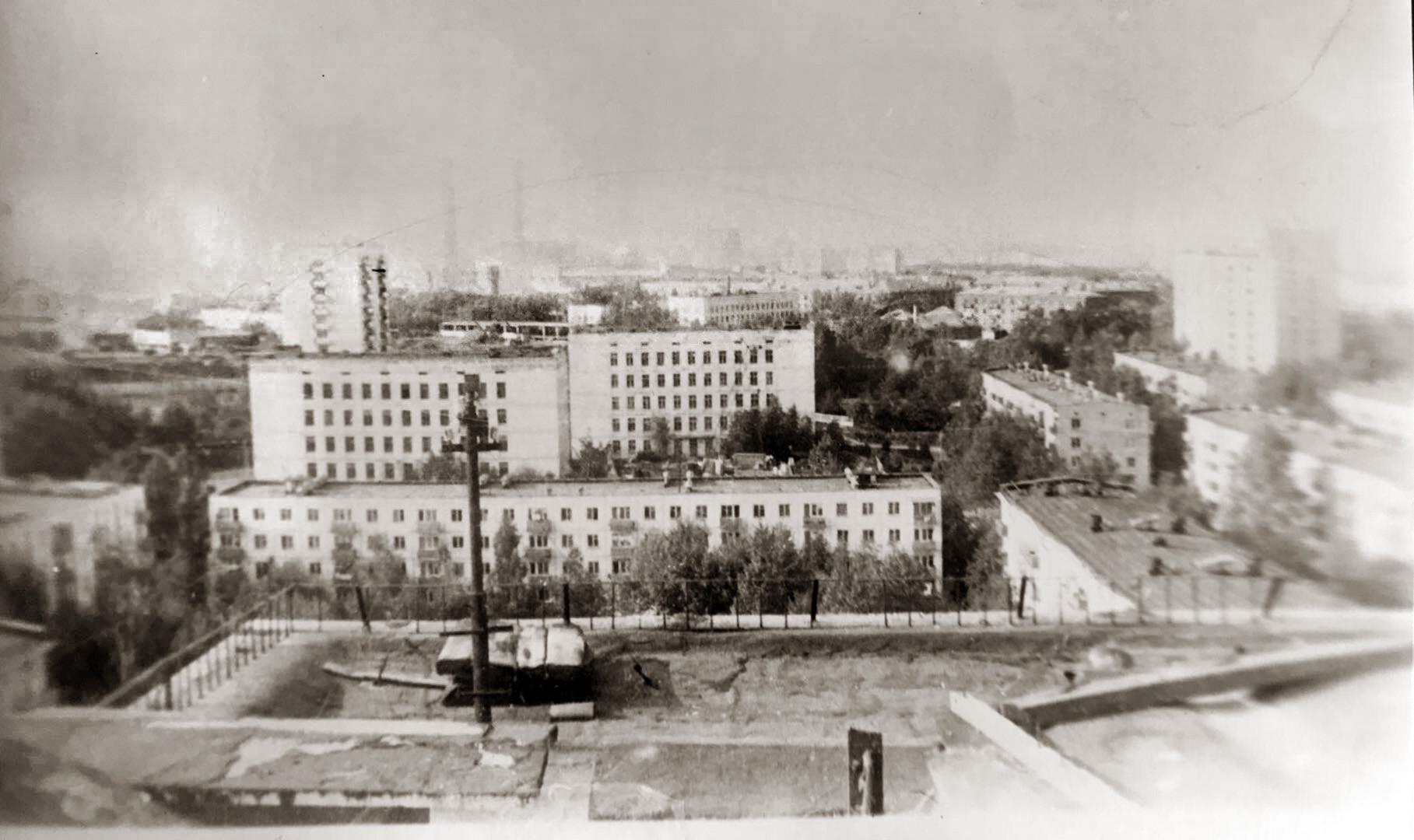 1981с Вид на школы 29 и 816 в Очаково2
