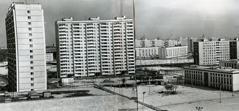 1973 Панорама застроенной части нового жилого района Москвы - Матвеевского