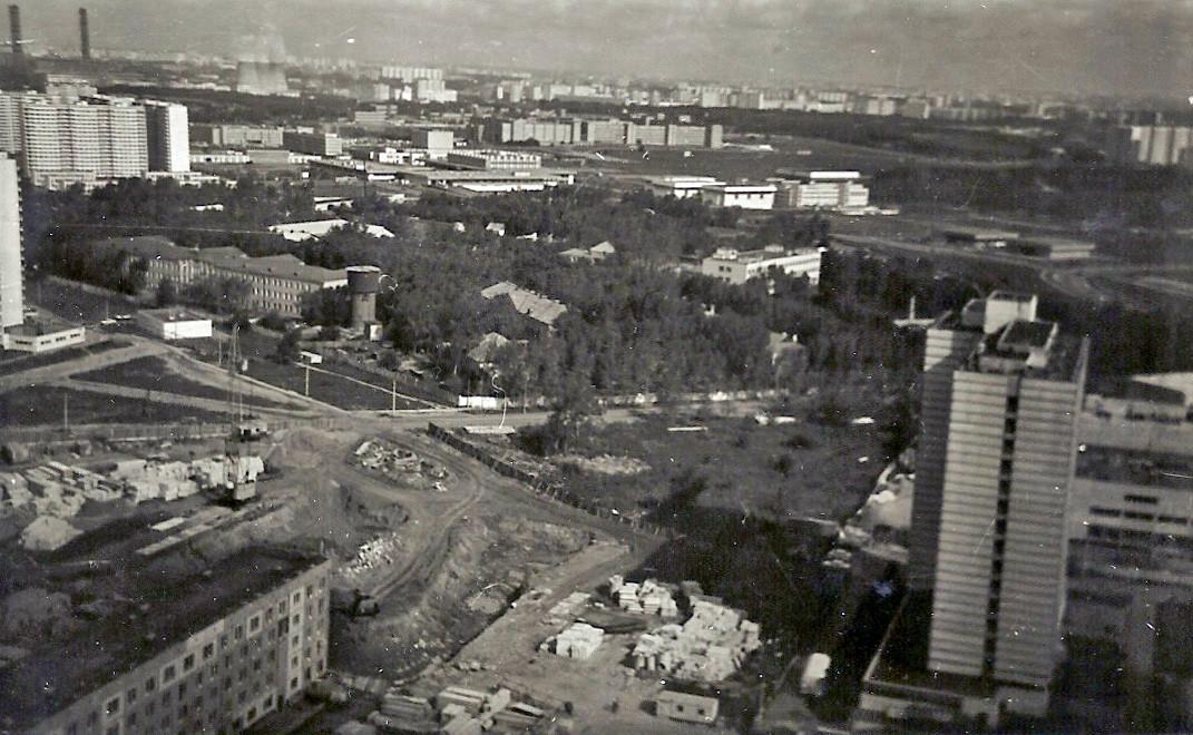 1984 Вид с 29-го этажа на военный городок Никулино. Чударина Инна Валерьевна1