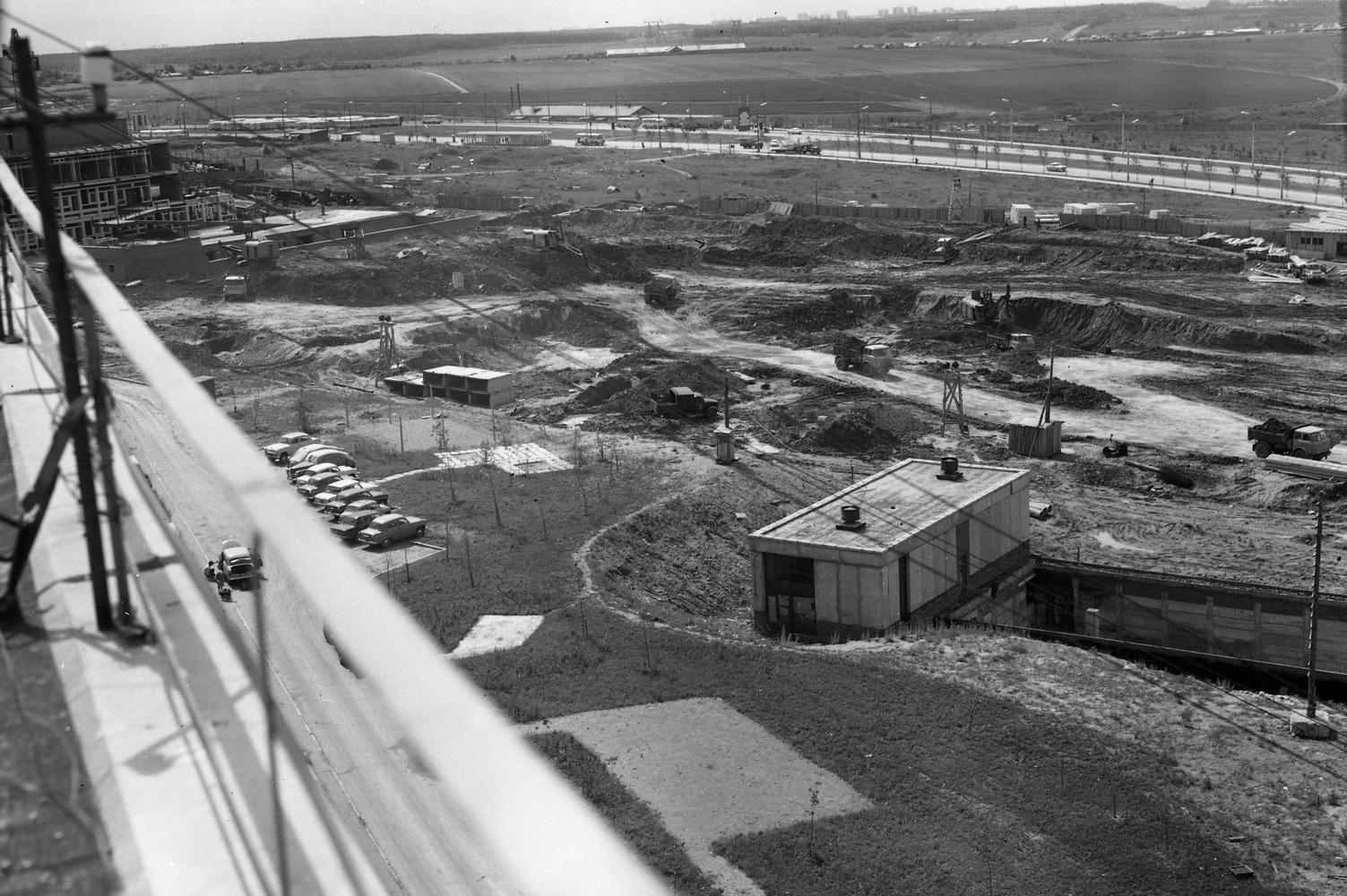 1971-72 район станции метро Юго-Западная от строящегося Института механики АН СССР2