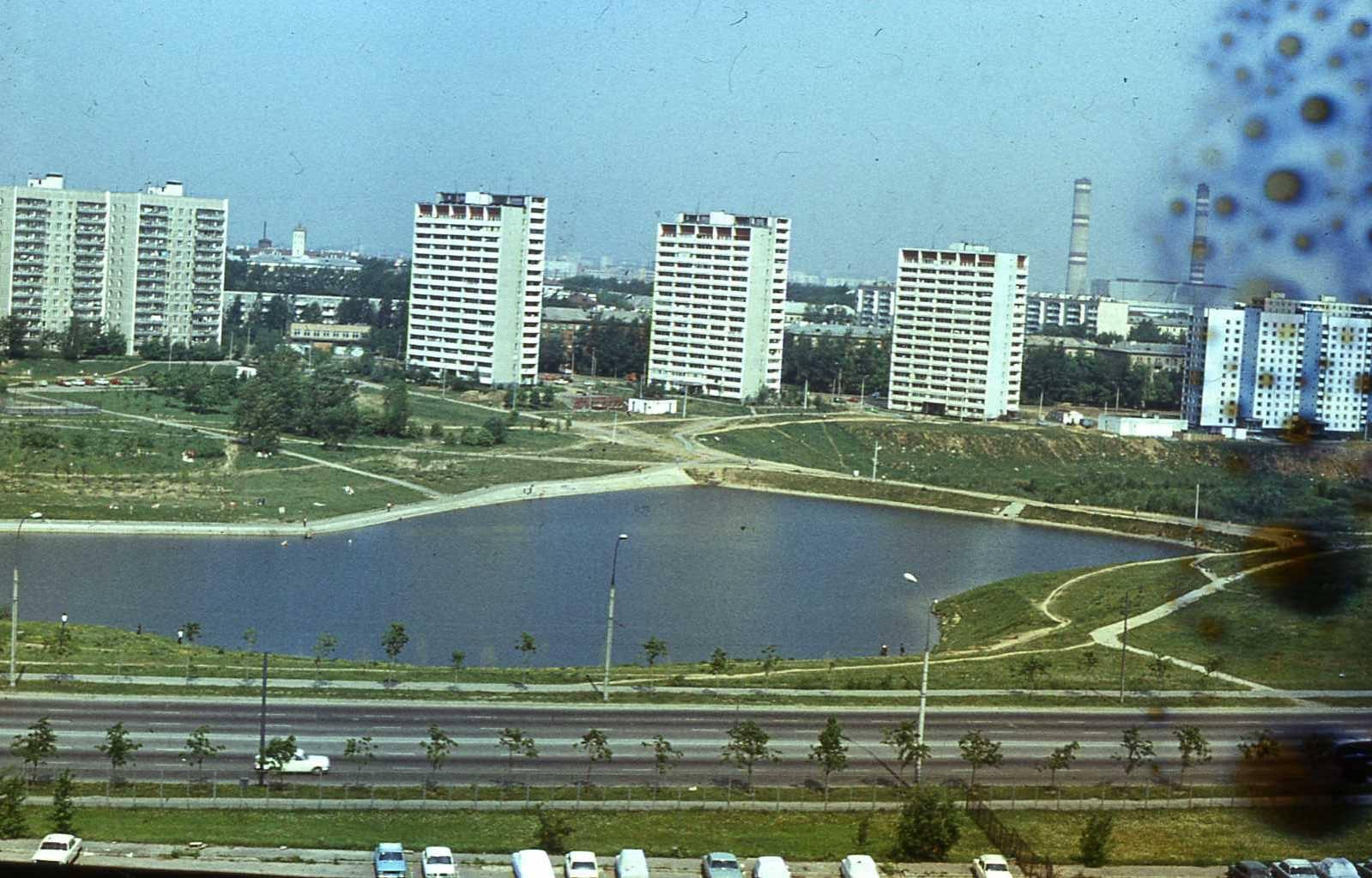 1985с вид из Олимпийки