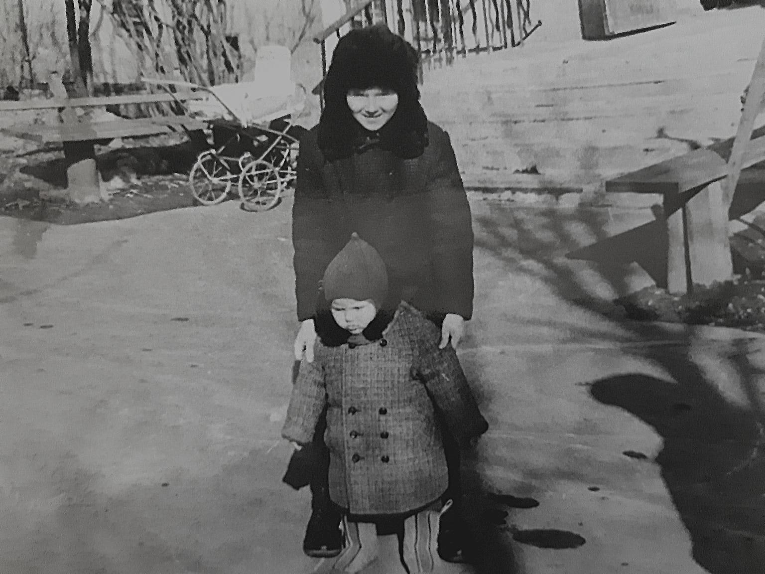 1974 Пржевальского 10, 4 подъезд