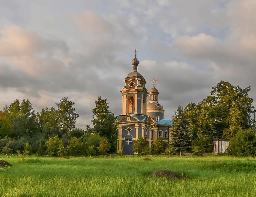 Церковь Николая Чудотворца в Троекурове, 1704-й год. Автор из инста - serg_fomenko