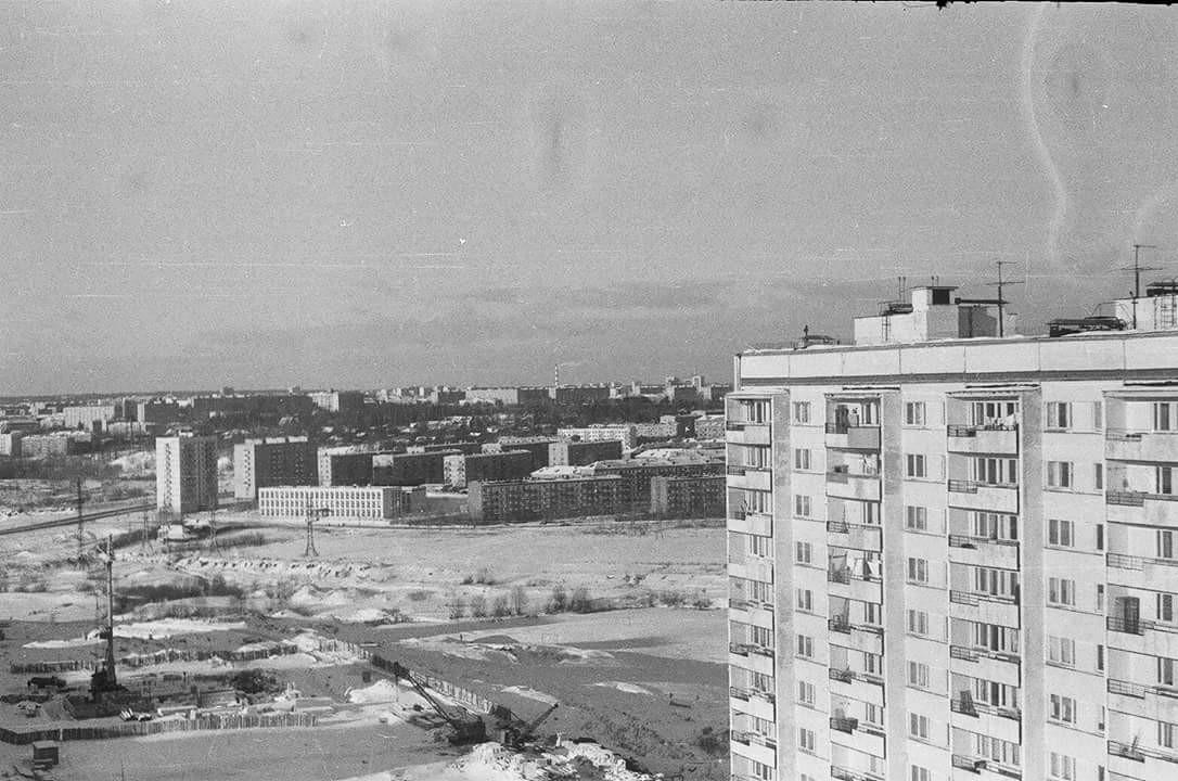 1974 Из домашнего архива Ольги Халтуриной, снято с дома по адресу Нежинская улица 19к2